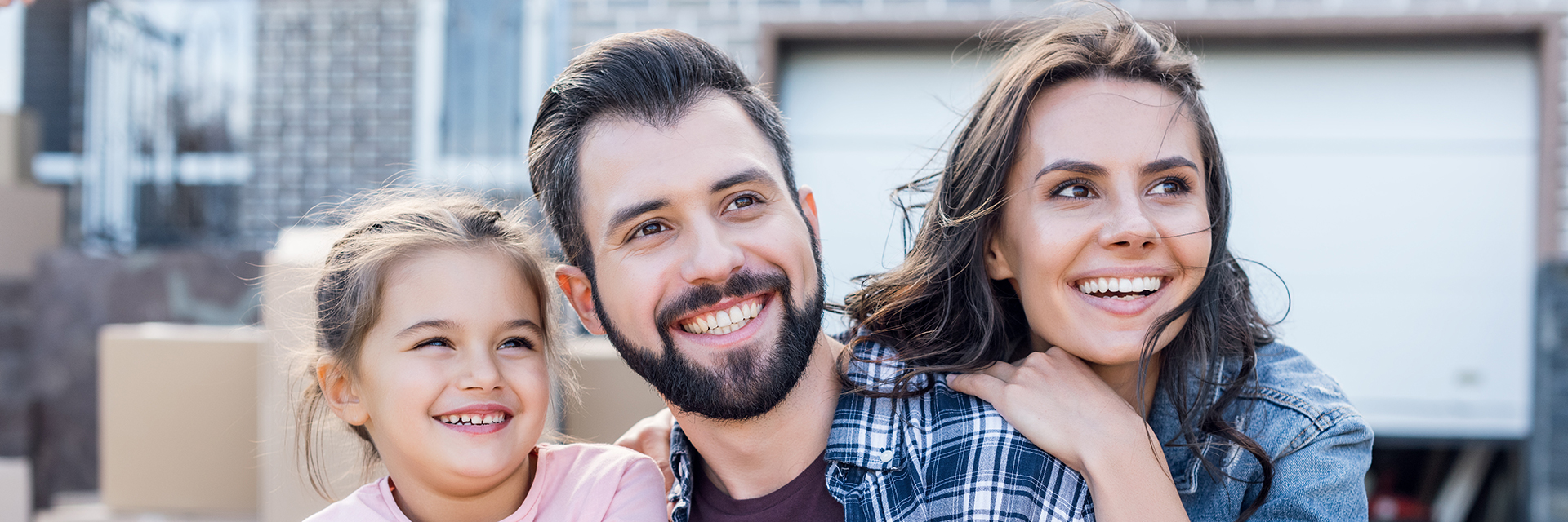 Dr. Andrew Edmonds offers complete family and cosmetic dentistry